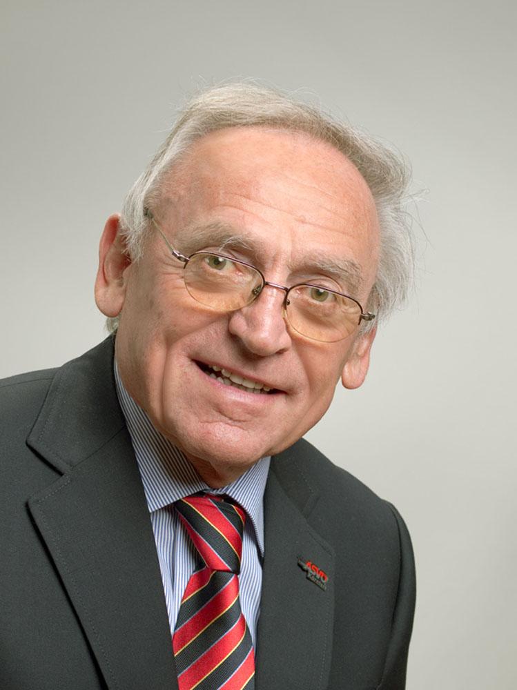 Dir. Josef FLASCHBERGER