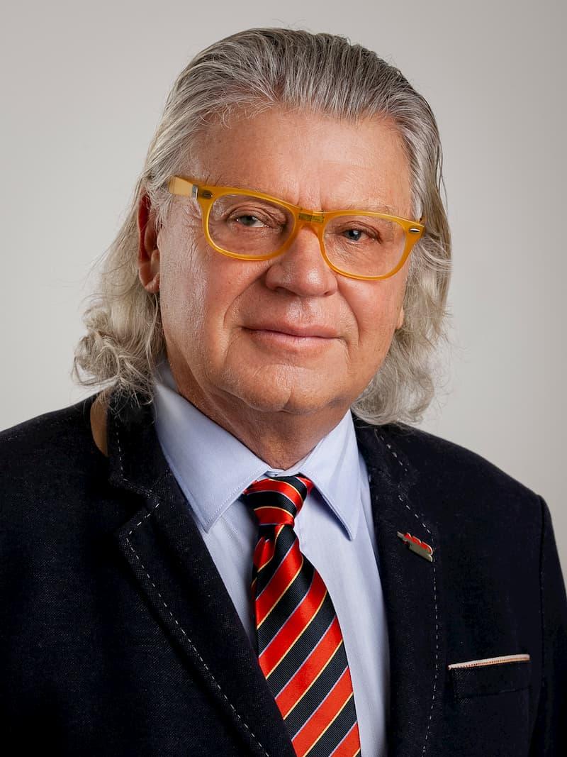 Dr. Johannes SCHNABL