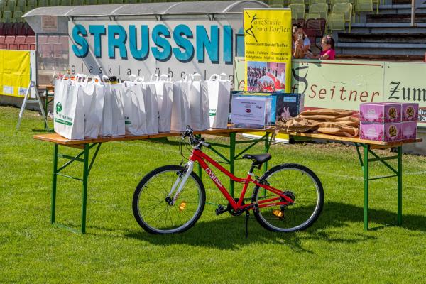 Gewinnspiel - Preise (© Unterberger)